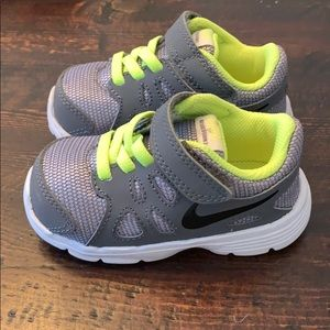 Nike Shoes - Nike Sneakers